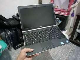 Dijual laptop core i5 kondisi mulus terawat ram 3 hdd 320