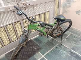 avon cycle with 21 gears only5 times use  at very cheap price