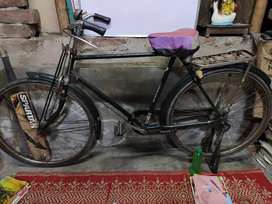 Hero cycle is in very good condition.