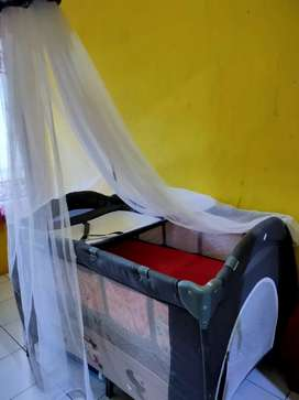 Tempat tidur bayi babydoes