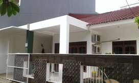 Dijual Rumah di kompleks strategis dan tenang