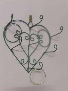 Heart shape bangle stand