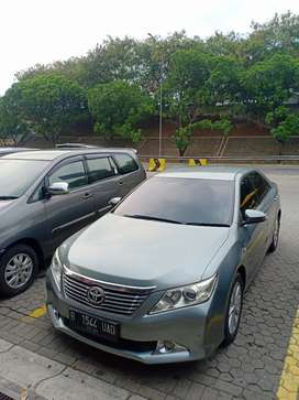 Toyota camry 2.5 v A/T new model Pemakaian 2013