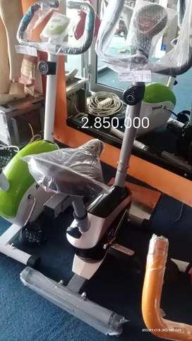 Sepeda Statis Totall Fitness