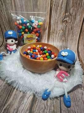Biskuit bola bola warna warni dan coklat