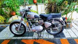 1968 Royal Enfield with England made g2 Engine.