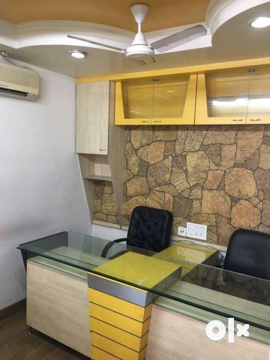 Office for rent in Old Palasia 7 workstations 1 0