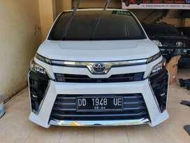 Toyota Voxy 2.0 A/T Tahun 2018 Seperti Baru