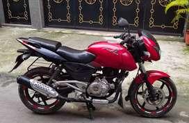 Sale Mint condition Bajaj pulsar 180cc bike 38k.