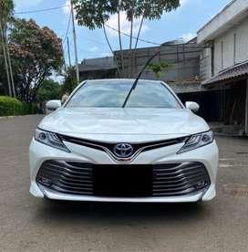 Toyota Camry Hybrid Sunroof HV 2019 facelift v g