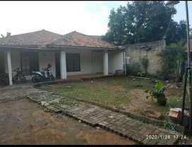 Dijual tanah Berikut bangunan Rumah tua msh layak huni
