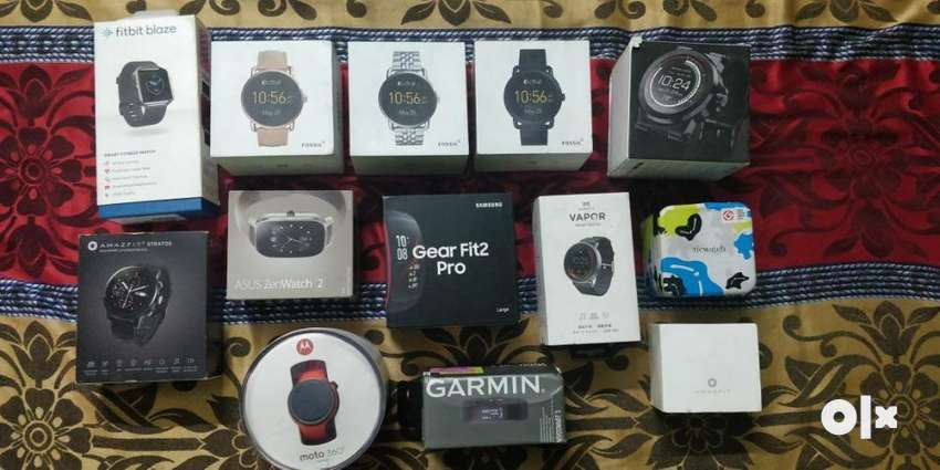 Smartwatch & Band available at attractive price 0