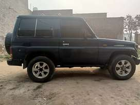 Toyota land cruiser prado 3 door.