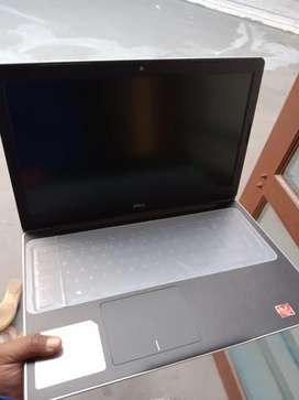 New leptop dell Inspiron 153000