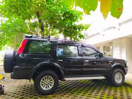 Ford Everet XLT TDI MT Tahun 2004