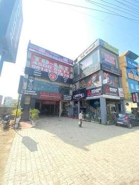 rent for MNC RESTURANTS