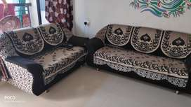 Black And Grey 3+2 seater Sofa in good condition