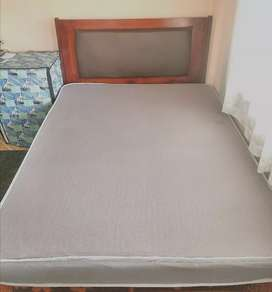 Solid Wood Queen with 6in Mattress 5x6.5 Feet