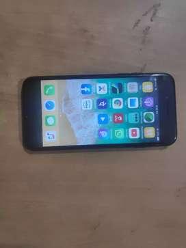 Iphone 7 128 GB Matt black for just 17000