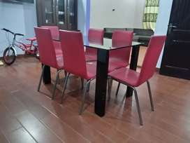 Dining Table (6 Seater)