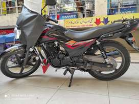 Suzuki GR-150 Black Beauty
