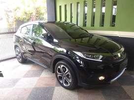 Dijual Honda Hrv E CVT tahun 2019 km rendah