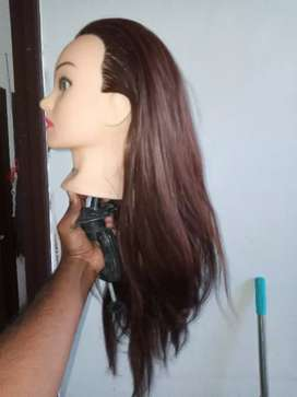 High quality Doll head with lengthy hair for practice styling saloon