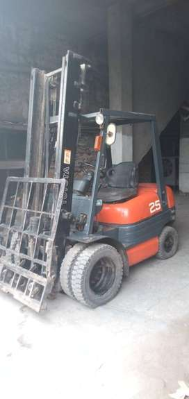 Toyota Cargo Lifter Urgent For Sale
