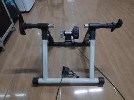 Sepeda MTB trainer