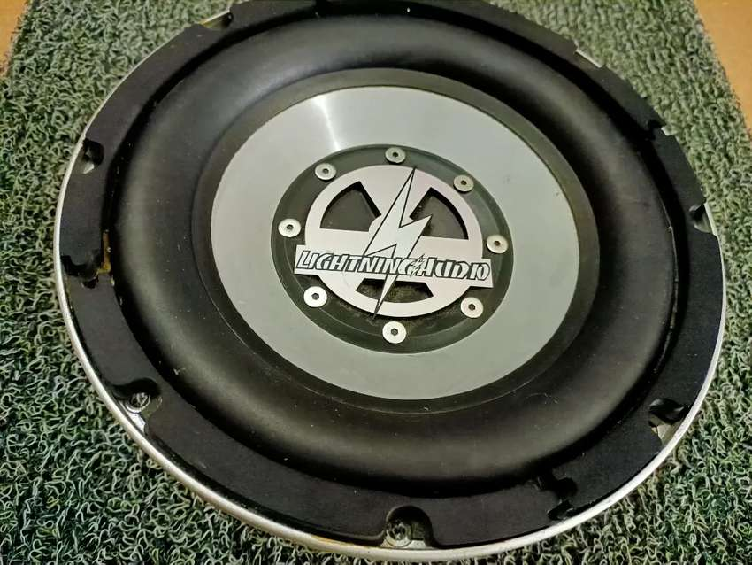 Subwoofer 10inch lightning audio 0