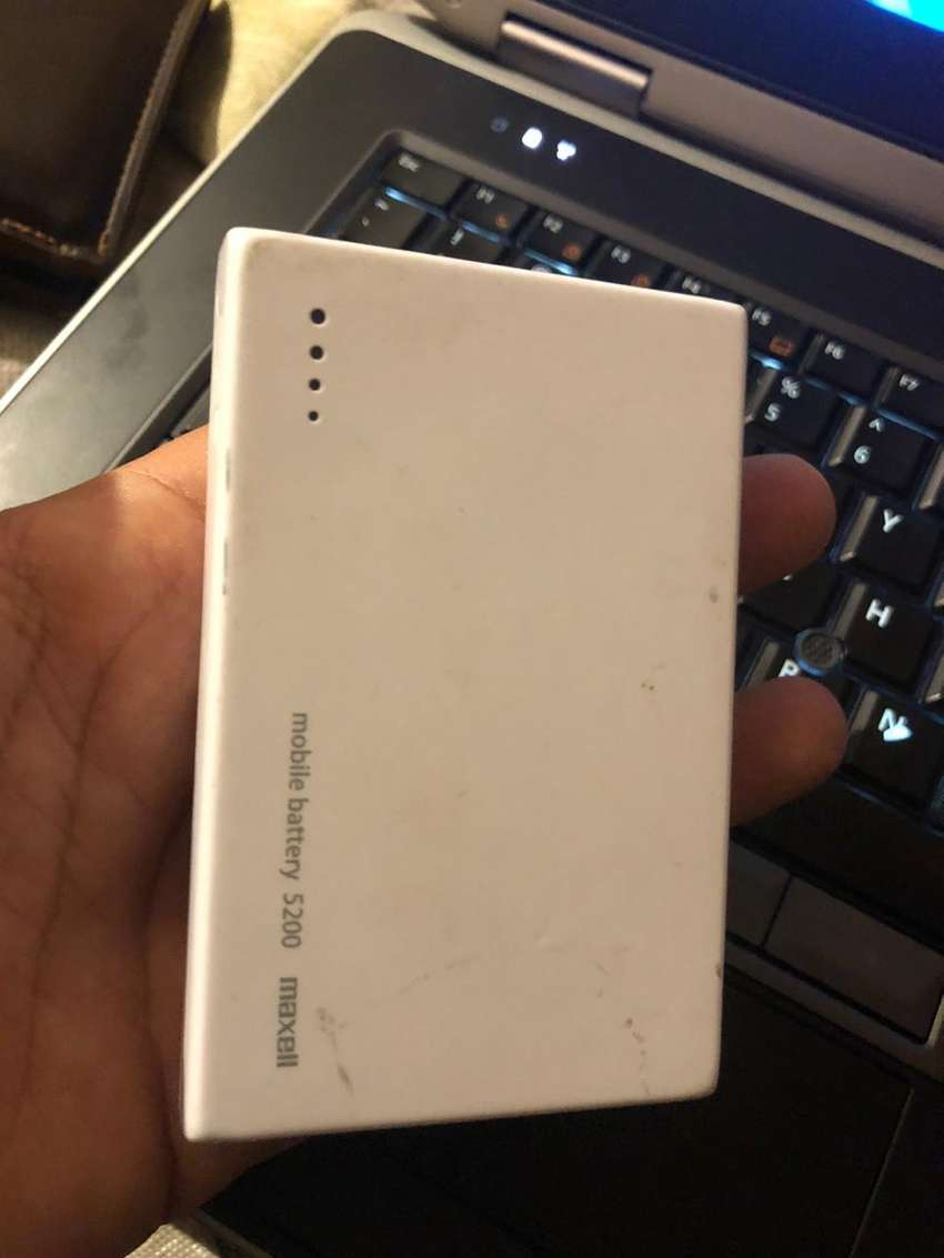 Power bank 5400 MAH Li,ion 0