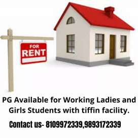 PG AVAILABLE FOR GIRLS ONLY AT THE CENTRE OF CITY
