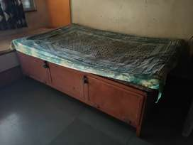 DOUBLE BED / DIWAN FOR SALE