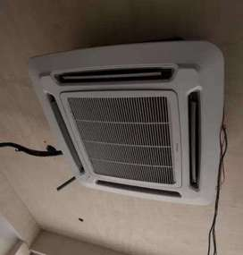 used daikin cassette ac,rarely used,excellent condition,like brand new