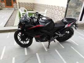 Plusar Rs 200
