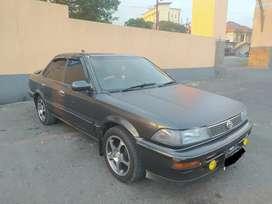 Toyota Corolla Twincam 1.6 SE 1990