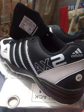 Sepatu adidas real pick 150.000