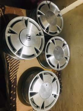 Honda civic reborn hybrid rims and tyres