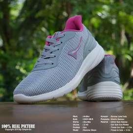 Sepatu sport wanita Ardiles USSY, size 37-40