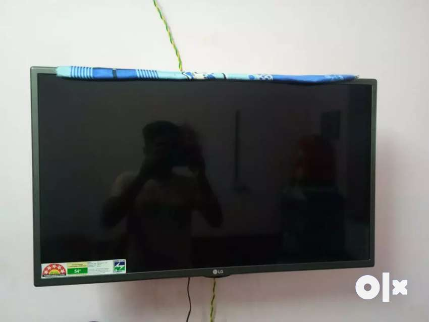 LG TV  good condition and 2 year only 0