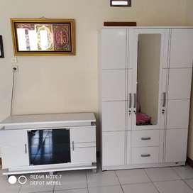 1 pake meja tv + lemari 3 pintu