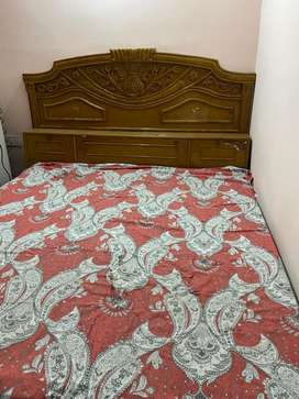 Fully furnished room for girls