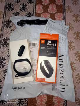 BRAND NEW MI BAND 3 FOR SALE.