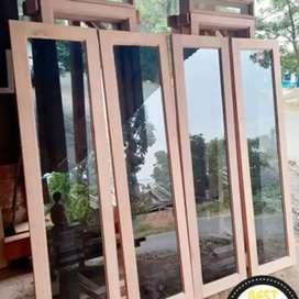 Satu set jendela plus kusen dan GRATIS LOSTER bahan kayu mahoni