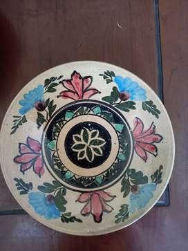 Piring Keramik Antik