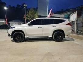Mobil pajero sport putih simpanan(akhir bulan Desember 2018)