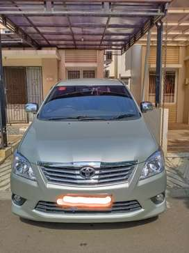 Kijang Innova diesel 2013 pemakai Wanita
