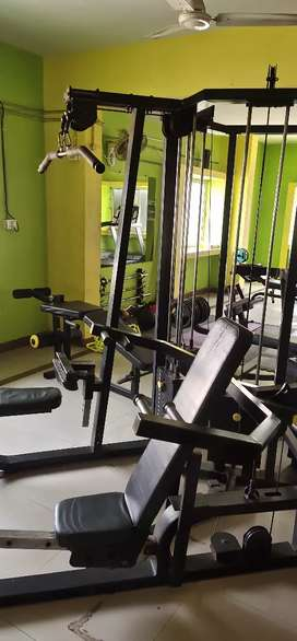 Gym commercial strength equipment