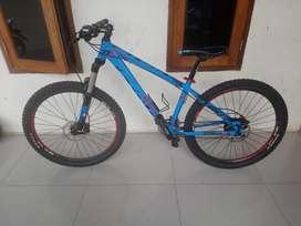 MTB Sepeda Gunung 27.5 Rakitan