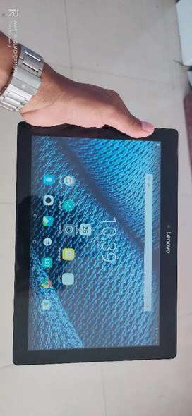 LENOVO 10 INCH TABLET